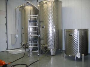 2 Cuves 4,050 litres en acier inoxydable