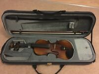 Violin (full size) in excellent condition barely used