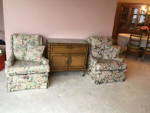 Pair of upholstered chairs London Ontario image 1