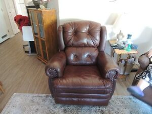 leather reclining sofa with matching reclining chair