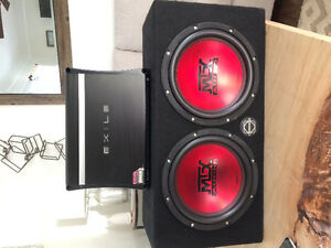 "Two 10"" MTX thunder subwoofers In box with 1000w exile amp"