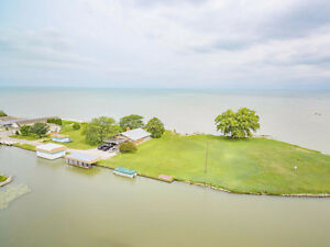 JUST LISTED! 19100 PENINSULA - WATERFRONT REAL ESTATE FOR SALE