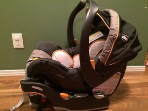 Chicco Keyfit30 infant car seat