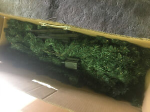 Huge xmas lot, tree, decor, crafting/wrapping (+Val, stpat day)