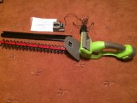 Gear Cordless Hedge Trimmer