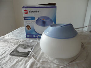 LIFE COOL MIST HUMIDIFIER