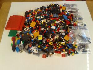 Lego Mega bloks over 9 pounds