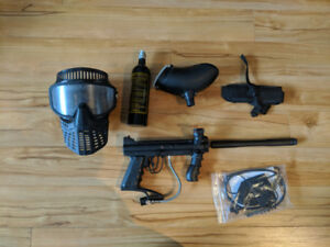 Paintball Gear - Tippmann Custom Pro with Extended Barrel