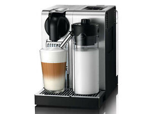 Delonghi / Nespresso EN750 Lattissima Coffee Machine in Silver