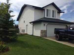 2 bedroom basement suite, incredibly bright, 9' ceilings!
