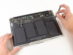 MacBook battery replacement by Apple Certified Professional