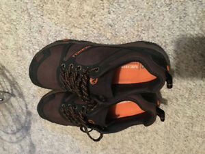 Brand new merrell shoes - men's size 8.5