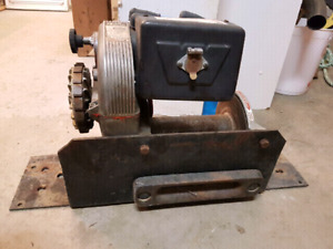 Vintage Jeep Warn 8274 winch