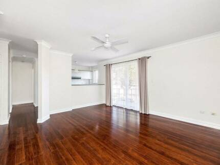 Great room in a great apartment! Drummoyne Canada Bay Area Preview