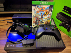 X BOX ONE W/ KINECT & GAME