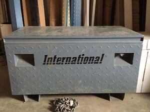 International Job Box