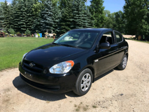 2010 Hyundai Accent - Low Kms