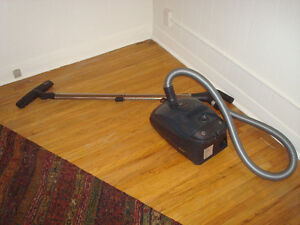 Miele S2000 canister vacuum