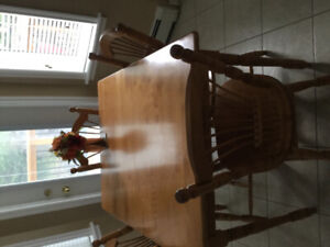 Bass River Table & Chairs