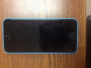 IPHONE 5C for sale in AWESOME condition