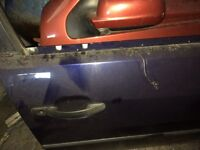 Ford mondeo 2001 blue colour all doors & bootlid & bumper available £20 each