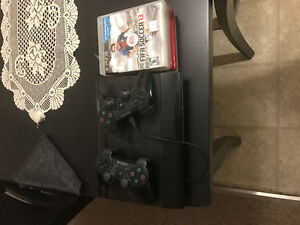 PS3  and 2 pads EUC