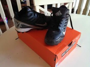 Boys Nike Football Cleats Kingston Kingston Area image 1