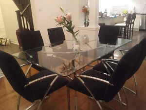 Modern Glass Dining Table with 6 Chairs Kitchener / Waterloo Kitchener Area image 5