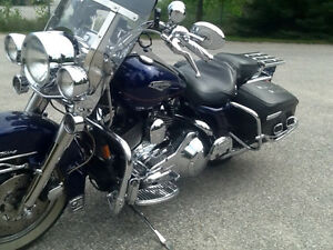 1999 Road King ,Fuel injected ,five speed. $7,999.