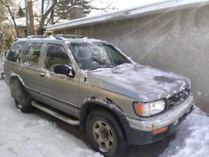 1998 Nissan Pathfinder - 10