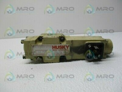 Husky 634917 We42p06b11a0bnx9 Hydraulic Valve Used