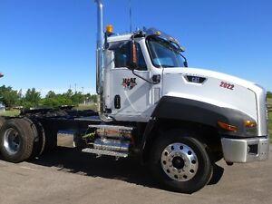 2013 Cat 660 Truck