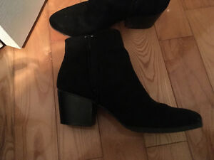 Women's suede style fashion boots