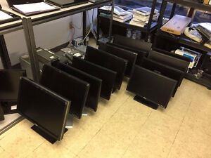 "Lots of 20"" 22"" 24"" Lcd monitor for sale"
