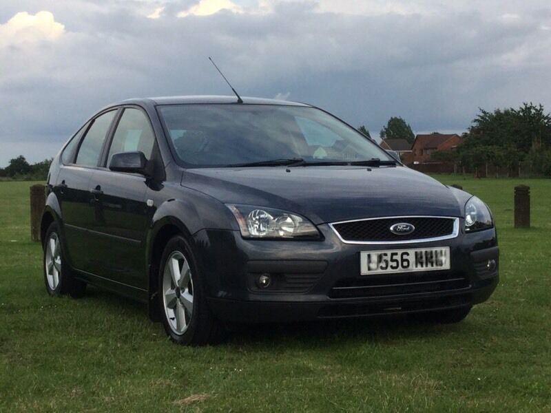 ford focus 1 6 zetec low mileage in drayton norfolk. Black Bedroom Furniture Sets. Home Design Ideas