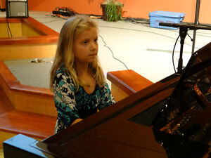 Piano Lessons ----music school----