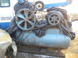INDUSTRIAL COMPRESSOR IN WORKING CONDITION we DELIVER