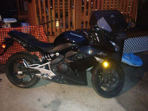 2011 Kawasaki ninja 400r...Low Kms/great condition