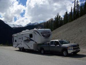 VR - Caravane à sellette (fifth wheel) Big Horn 3055RL 2011