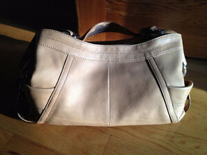 Brand new Makowsky Purse West Island Greater Montréal image 3