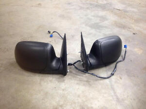 Power Heated Mirrors for 03-06 Chevy / GMC London Ontario image 1