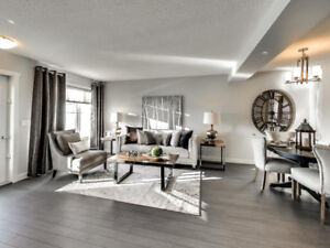 SPECTACULAR 3 BEDROOM 1432 SQFT TOWNHOME!! FOR UNDER $300,000