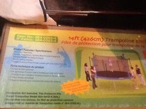 Poteau de trampoline
