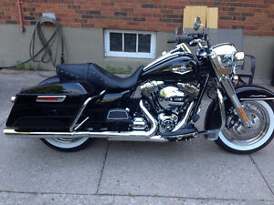 2016 road king brand new only 170 km Sarnia Sarnia Area image 2