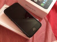 Apple iPhone 5S Space Grey 16GB on EE