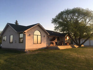 Acreage minutes from town