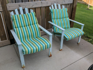 Stylish Steel Patio Chairs with Cushions