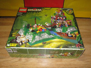 LEGO Used 5986 Amazon Ancient Ruins Complete w/Box