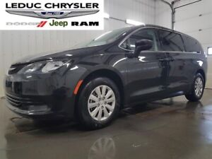 2018 Chrysler Pacifica LX /Back-up Camera /Bluetooth