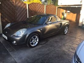 Toyota mr2 2004 with hard top